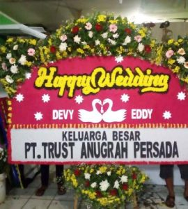 Papan Happy Wedding Full Bunga Murah